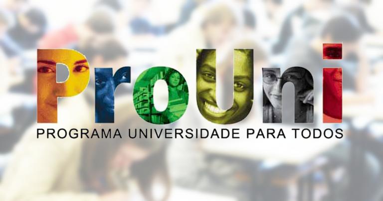 Alunos que estudaram em escolas privadas podem se inscrever no Prouni?